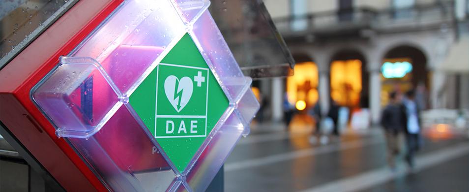 """""""Pulsa Trieste"""": un defibrillatore all'esterno delle farmacie"""
