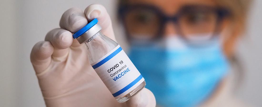 Vaccini: le tutele assicurative per la farmacia